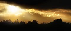 Castrovite (Noel F.) Tags: sony a7r a7rii fe 100400 gm castrovite loimil estrada galiza galicia mencer sunrise