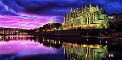 Catedral de Palma (monte-leone) Tags: arquitectura atardecer azul catedral catedralpalma edificio laseu lago mallorca palma palmademalllorca regionstowns relajante violeta spain