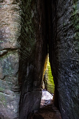 Tight Squeeze at Rim Rock (ryancondronphotography) Tags: tightsqueeze spring shawneenationalforest rimrock nature places rocks junction illinois unitedstatesofamerica us