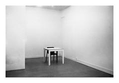 Void (madras91) Tags: film kodak tx400 kodaktx400 trix abstract abstrait minimalism blackandwhite bw nb noiretblanc monochrome m2 leicam2 leica summicron 35mm summicron35mmf2v3