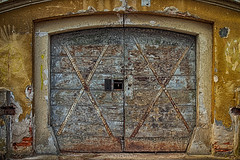 An old military warehouse (malioli) Tags: doors gate canon karlovac croatia hrvatska europe