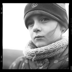 Mamiya C220f -002-012 (michal kusz) Tags: mamiya c220f 80mm hp5 800 ilfosol 3 epson v600 squere 6x6 120 film frame format bw blackandwhite portrait girl