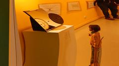 Realities (offroadsound) Tags: museum child kind besucher visitors illusion observing mirror distortion altonaermuseum hamburg altona