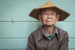Old Lady in Mahagandayon Monastery, Amarapura (Daddi Andrea) Tags: myanmar burma burmese birmania asia southeastasia asian asean travel street streetphotography tourism people