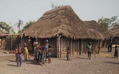 Aldea Holi. Benín (escandio) Tags: aldea tribu holi benin2018 benin 2018 benín