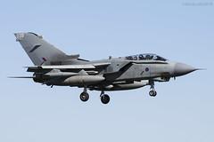 Royal Air Force, Tornado GR4, ZA547 / 039. (M. Leith Photography) Tags: raf lossiemouth lossie aviation jet panavia tornado gr4 scotland scottish sunshine royal air force mark leith photography nikkor 70200vrii nikon airplane aircraft sky cockpit grass field