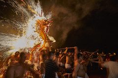 E_OSR5294C1V12002 (RolleiZeiss) Tags: rolleizeiss fire dragon festival