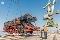 Just a casual flight (BackOnTrack Studios) Tags: dr 50 3670 36702 dampflok dampflokomotive steam locomotive loco unloading floating crane titan drb railways train lok bulgaria ruse port danube