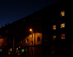 Night on the streets (frankdorgathen) Tags: illumination fenster window city urban xf10 fujifilm strase street haus house nachts nachtaufnahme nacht night nightshot ruhrpott ruhrgebiet rüttenscheid essen klarastrase