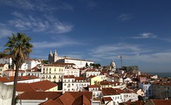 Lisbon light (chriskatsie) Tags: portugal lisboa lisbonne maison ville town city travel tourist