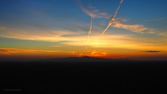 East Side Story (VGPhotoz) Tags: vgphotoz olympus em1markii m1442mm f3556 ƒ71 200 mm 1200 eastsidestory sunrise mountains panoramic view arizona usa hillsandvalleys nature sky blue chemtrails clouds overarizona phoenix winterinphoenix 2019 artisticphotography photography munti southmountain arizonahorizon valleywide