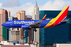 Southwest Airlines | Boeing 737-700 | N7722B | Las Vegas McCarran (Dennis HKG) Tags: aircraft airplane airport plane planespotting canon 7d 100400 lasvegas mccarran klas las southwest southwestairlines swa wn boeing 737 737700 boeing737 boeing737700 n7722b