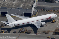N363CM Boeing 767-300F ABX Air Los Angeles airport KLAX 12.09-18 (rjonsen) Tags: plane airplane aircraft aviaiton airliner cargo freigter airside ramp