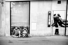 Société Générale (mouzhik) Tags: 11000sf56iso1250 24mm canon powershot g1xmarkiii canonpowershotg1xmarkiii мужик moujik mouzhik muzhik zemzem mujik paris parís 파리 париж 巴黎 парыж פריז pariisi パリ párizs parîs باريس parys parizo парис paryż παρίσι پاریس parijs photoderue photographiederue strasenfotografie streetphotography צילוםרחוב yличнаяфотография ストリートスナップ стритфотография تصويرالشارع fotografiadistrada fotoderua fotografíacallejera noiretblanc nb schwarzweis monochrom blackandwhite bw monochrome blancoynegro blanconegro biancoenero bianconero pauvreté misère armut poverty misery pobreza povertà miseria бедность нищета беднота bieda niedostatek sociétégénérale