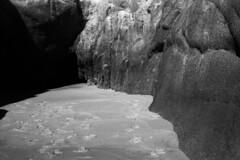 Huatulco, Mexico - Cave (Pics from the Bird Cage) Tags: huatulcomexico spotmatic spotmaticf m42 55mm smc smc55mm pentaxspotmaticf smctakumar55mm infrared camera asahipentax huatulco rollei rolleiinfrared400 pentax blackandwhite bw ishootfilm ilfosol ilfosol3 35mm classiccamera film analog asahi argentique smctakumarpentax55mm smctakumar mexico pentaxian analogue blackwhite ilford beach ocean monochrome