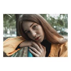 20 (pvlkrsnv) Tags: sunlights sonya7 sonya7ii portrait woman girl colors womanportrait