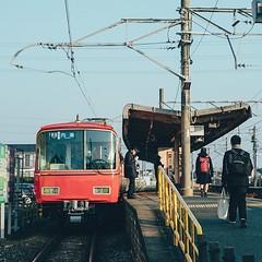 """: New days keeper. """"新しい今日を鳴らす前に"""" Aichi, Japan, 2019 : 取材撮影の前入りで せっかくの機会だからと 愛知は知多郡へ 初めて降りた場所で 何がないということより 海があることで 懐かしさを感じてしまうのです。 : #Japan #日本 #愛知 #富貴駅 #Aichi #station #morning #winter #shine #train #cool #day #instagram #今日もx日和 (tsubottlee) Tags: ifttt instagram new days keeper """"新しい今日を鳴らす前に"""" aichi japan 2019 取材撮影の前入りで せっかくの機会だからと 愛知は知多郡へ 初めて降りた場所で 何がないということより 海があることで 懐かしさを感じてしまうのです。 日本 愛知 富貴駅 station morning winter shine train cool day 今日もx日和"""