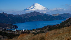 Fuji and Lake Ashinoko (shinichiro*) Tags: 20190203dsc3212 2019 crazyshin nikonz6 nikkorz2470mmf4s february winter fuji hakone kanagawa japan jp 大観山 lakeashinoko 芦ノ湖 47073288511 candidate