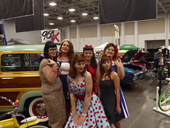Retro-Look Pin-Up Model Contest 2018 (MisterQque) Tags: carshow autoshow virginiacoastalautoshow pinup pinupmodels prettygirls