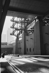 (a.pierre4840) Tags: olympus xa 35mm f28 35mmfilm agfa apx400 architecture urban cityscape london england bw blackandwhite noiretblanc shadows stairs staircase