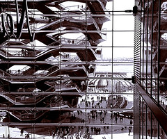 "What Do You Think Of ""Vessel"" In Hudson Yards? (sjnnyny) Tags: vessel nyc hudson yards momumental observationpoint stevenj sjnnyny sonya6300 thomasheatherwick structure stairs atrium touristattraction steelandglass"
