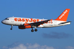 EasyJet Airline - Airbus A319-111 - G-EZII (Andy2982) Tags: airliner easyjetairline airbusa319111 gezii cn2471 ezy602 belfastinternational liverpool landing liverpoolairport 27runway
