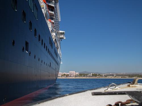 Cabo Tender