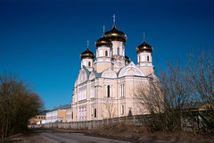 The Kazan Monastery (stepanov9) Tags: building church city orthodox russianorthodoxchurch 24105mmf4dgoshsm|af minoltadimagescanelite5400 nikon nikonf80 sigma russia россия tver