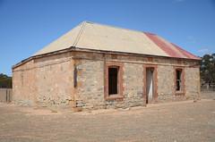 DSC_9671 abandoned farmhouse, corner Fischer & Eichler Roads, Milendella, South Australia (johnjennings995) Tags: abandoned farm farmhouse milendella southaustralia australia