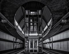 ↨ Elevator ↨ (michael_hamburg69) Tags: kaltenkirchen schleswigholstein germany deutschland norddeutschland kaki akn haltestelle bahnhof lift fahrstuhl monochrome elevator trainstation