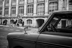 Chasing Cars (sdupimages) Tags: paris rue street oldcar noirblanc noiretblanc blackwhite hmbt mbt bokeh bw nb monochrome car voiture old ancienne