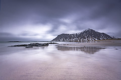 Cloudy Skagsanden (Lukasz Lukomski) Tags: lofoten landscape norway longexposure lukaszlukomski nikond7200 sigma1020 beach skagsanden scandinavia arctic island sea water reflection mountains coast snow ice