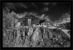 old bodega, La Palma, Sony A7R infrared, Laowa 10-18mm zoom (Dierk Topp) Tags: a7r bw ilce7r ir laowa1018mmf4556fezoom sonya7r sonya7rir abandoned architecture canaryislands infrared islascanarias lapalma monochrom sw sony