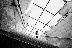 looking for new perspectives in my hometown (Hendrik Lohmann) Tags: streetphotography street wideangle blackandwhite bwstreet bnw bw düsseldorf duesseldorf monochrome menschen urban urbanphotography people nikon nikonphotographer