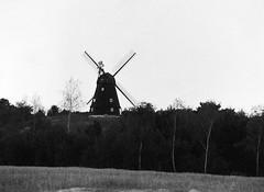 Karlebo Mølle (holtelars) Tags: pentax 645 pentax645 645n 6x45 smcpentaxfa 200mm f40 120 film 120film foma fomapan fomapan200 fomapan200creative 200iso mediumformat analog analogue blackandwhite classicblackwhite bw monochrome filmforever ishootfilm filmphotography xtol homeprocessing larsholte denmark danmark windmill karlebo mølle vindmølle