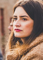 Thinking lady (Ramireziblog) Tags: canon6d vrouw denkend thinking pretty beauty candid brugge street lady woman girl
