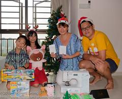 Everyone's got something for Christmas (Stinkee Beek) Tags: erin yewyen christmas leonard ethan