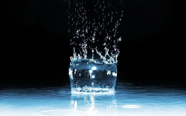 Обои воды, брызги, жидкость картинки на рабочий стол, фото скачать бесплатно