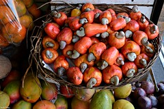 Fruta tropical. (Orcoo) Tags: fruit fruta mercado costarica