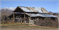 Pioneer Barn (explored) (Runemaker) Tags: old decayed derelict pioneer barn rural agriculture ranch veyo utah building architecture decay nikon d750