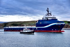 Highland Guardian - Aberdeen Harbour Scotland - 14/01/2019 (DanoAberdeen) Tags: highlandguardian candid amateur 2019 danoaberdeen aberdeen harbour abz abdn grampian uk gb psv seafarers maritime fairtradecity ships boat offshore oilrigs supplyships cargoships workboats oilandgas footdee fittie seascape water northeast tug tugboats geotag tagged seaport oilships aberdeenscotland sailor sealife shipspotting shipspotters scotch scotland marineoperationscentre pocraquay aberdeenharbour northeastscotland