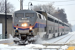 Snowy Heritage (Robby Gragg) Tags: amtrak p42 184 phase iv lockport