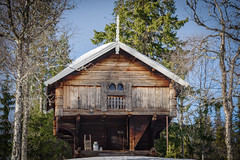 The old stabbur (Norwegian Outdoors) Tags: stabbur timber cabin norway old building architecture tradition traditions nature norge culture trees forest snow winter landscape pentax outdoors travel experience adventure explore landscapephotography rustic