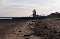 IMGP6991 (mattbuck4950) Tags: england unitedkingdom europe water beaches rivers northsea january lighthouses essex harwich camerapentaxk70 lenssigma18300mm 2019 riverstoursuffolk gbr