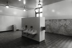 Santa Fe Depot (Blinking Charlie) Tags: santafedepot restrooom wc toilets sinks island facilities sandiego california usa sonydscrx100m3 blinkingcharlie interior bw blackandwhite blackwhite 2015