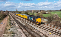 37218 & 37606 | Trowell Jn | 14th March '19 (Frank Richards Photography) Tags: seenpassingthelensattrowelljunction14thmarch2019 1q50 derby rtc doncaster west 37218 37606 derbyshire trowell junction train test rail uk england drs direct services blue yellow coach mark 1 2 class37 ee electric english march 2019 14th thursday sun winter