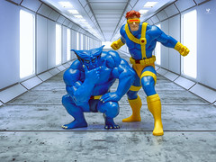Cyclops & Beast (LoveToys II) Tags: xmen animated ciclope bestia beast cyclops lovetoys