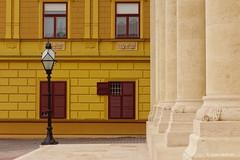 Pécs geometry (Csaba Vásárhelyi) Tags: pécs hungary minimal minimalisticminimalist minimál sony rx100mk2 magyarország yellow sárga window ablakok