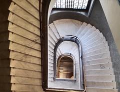 Treppenhaus (Berliner1963) Tags: žižkow monument nationaldenkmalaufdemveitsberg stairwell treppenhaus architektur architecture prague praha prag cz czechrepublic böhmen tschechien