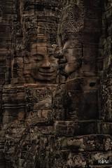 Cambogia - Sguardi dal Bayon. (iw2ijz) Tags: archeologia bayon cambogia cambodia child travel trip viaggio paesaggio sito civiltà khmer faccia viso pietra face sguardi unesco patrimonio umanità d500 nikon reflex